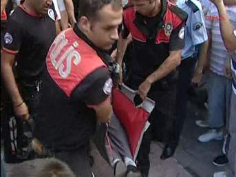 Flaş...Bakırköy'de silahlı saldırı