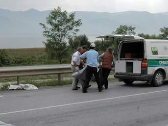 Düğün konvoyunda kaza: 2 ölü
