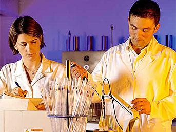 10) Biyoteknoloji alanında yapılan çalışmaların hayatımızdaki önemi nedir?