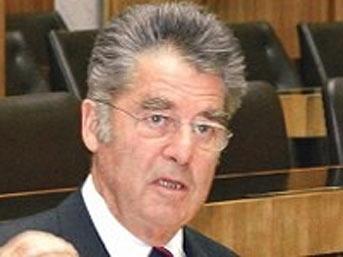 Австрийският президент Фишер поиска Анкара да си прибере невъзпитания и нахален посланик.