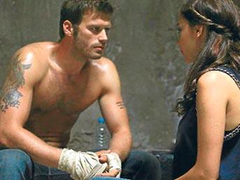 Vildan Atasever: 'Başrolde Aşk' dizisinde oynayan Atasever'in sağ