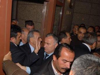 İzmir operasyonunda 17 tutuklama
