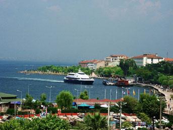 Taciz iddiası Karamürsel'i karıştırdı