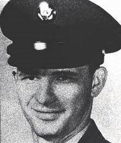 Dean Arnold Corll (24 Aralık 1939 – 8 Ağustos 1973)
