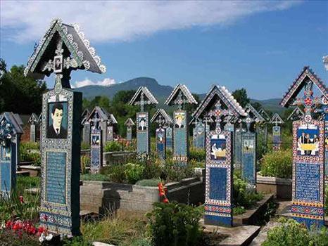 4) Merry Mezarlığı (Romanya)