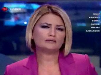 TRT spikerinin gözyaşlarını tutamadığı an
