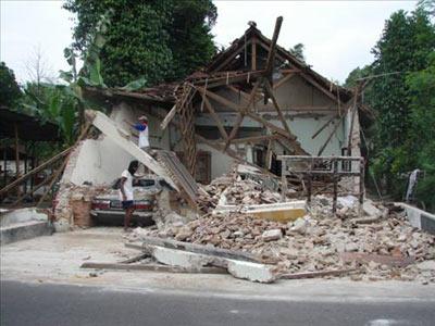 28 Mart 2005 Güney Sumatra, Endonezya- 8.6