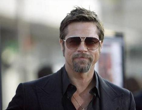 Brad Pitt - BMW Hydrogen 7