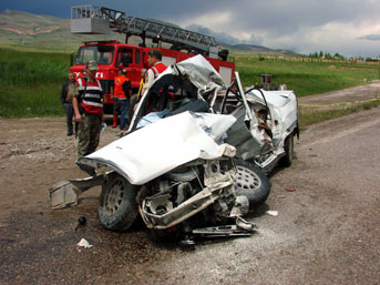 Gümüşhane'de kaza: 5 ölü
