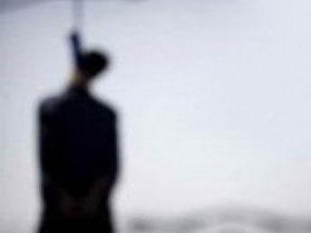 Tacizle suçlanan öğretmen mezarlıkta intihar etti