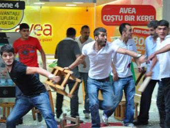 Başkent'te seyyar satıcı- zabıta kavgası