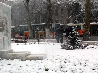 Malatyalılar güne karla başladı