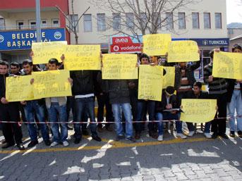 Muş'ta öğrenciler ÖSYM'yi protesto etti