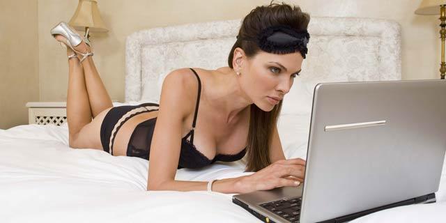 Porno izleyenler hapis yatacak