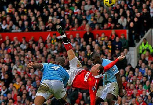 Rooney'in rövaşatası City'i yıktı! (Video)