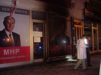 MHP seçim bürosuna molotoflu saldırı