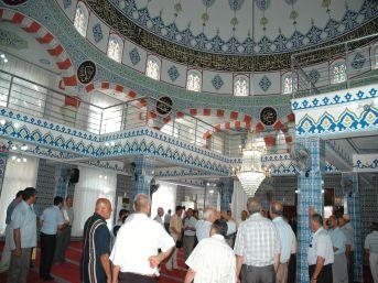 Kadirli Miraç Camii yenilenerek ibadete açıldı