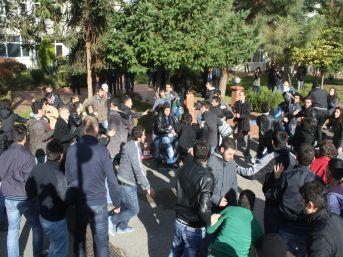 KTÜ'de karşıt görüşlü iki grup arasında kavga